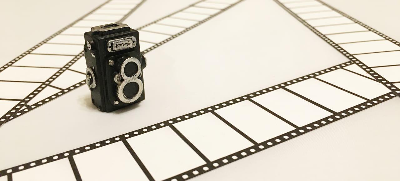 カメラとフィルム写真AC