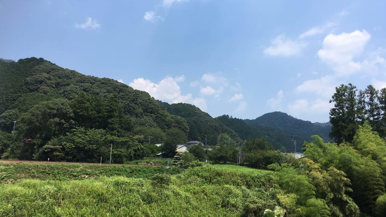 大台町カナエタ付近の山